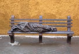 Resultado de imagen para estatua de jesus sin techo