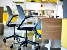 room ergonomic furniture chairs: what features should you look at in choosing an ergonomic chair