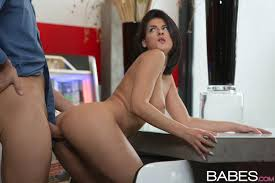 Female Coco de mal XXX Videos and Pictures Fleshbot On a cold winter morning Coco de Mal heats things up by firing up the jukebox and seducing Totti with her hypnotic striptease.