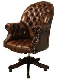 chesterfield directors leather office chair antique autumn tan leather sofas traditional sofas chesterfield presidents leather office chair amazoncouk
