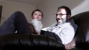 paul kalanithi doc behind essays on dying succumbs to cancer paul kalanithi his daughter cady