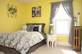 yellow and gray bedroom:  stylish grey and yellow bedroom for yellow bedrooms