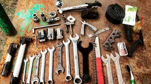 Минимальный <b>набор</b> велоинструментов для ремонта и ...