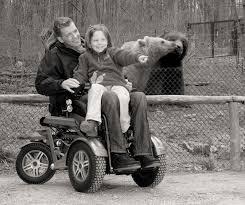 Кресла-коляски с <b>электроприводом</b>