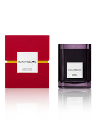 <b>Diana Vreeland Daringly Different</b> Candle - Bergdorf Goodman