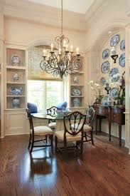 Dining Room Chandeliers Traditional Traditional Dining Room With High Ceiling And Decorative Chinese