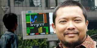 Satrio Utomo. Anomali IHSG Hanya Sementara. Headline. Satrio Utomo, analis dari Universal Broker Indonesia - inilah.com/Ardhy Fernando. Oleh: Th. Asteria - 1771352