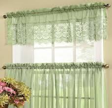 «Как вы считаете, нужны ли шторы на окнах и чем можно их ...