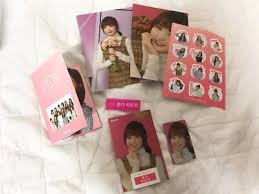 Izone iz*one hitomi gmarket giftcard photocard postcard set   eBay