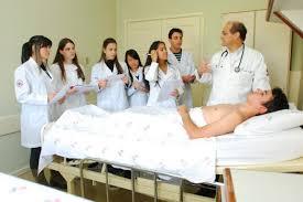 Resultado de imagem para imagem academico de medicina
