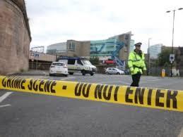 Manchester'da Salford Üniversitesinde şüpheli paket alarmı