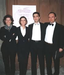 Paola Mangiarotti, Milena Torelli, Luca Schianchi, Fabrizio Fava Nell'aprile del 2001, l'ensemble ricopre il ruolo delle Turbe nella prima esecuzione ... - sinalunga1