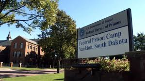 government shutdown means paychecks for federal prisoners not government shutdown means paychecks for federal prisoners not prison workers cbs news