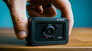 <b>Sony RX0 II</b> Review — Should you buy this tiny camera? - YouTube