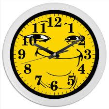 <b>Часы круглые из</b> пластика Йоба-фейс #2533012 от Memepedia