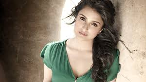 Parineeti Chopra Hoty - HD Images & Sexy Bikini Wallpapers
