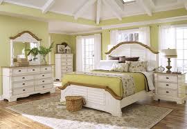 bedroom mesmerize white furniture set decorating ideas modern minimalist traditional interior design presenting antique vintage home antique home decoration furniture