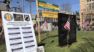 veterans day list of meals discounts to thank our vietnam veterans unveil memorial in stroudsburg