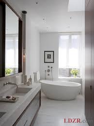 creative simple bathroom