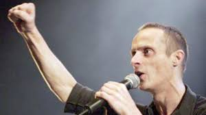 French singer <b>Mano Solo</b> dies at 46 of multiple aneurisms