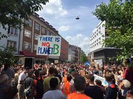 Würzburg: Rund 160 Teilnehmer bei Ferien-Fridays for future-Demo ...