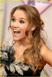 Posted in Emily Osment is Hannah Montana Happy - emily-osment-hm-premiere-04