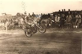 Blog de club5a : Association Audoise des Amateurs d'Automobiles Anciennes, IMAGE D'ARCHIVE MOTOS - 1958 René Baeten Champion du monde Belge de Motocross en 500cc
