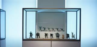 museum cabinet lights cabinet lighting display case lighting showcase lighting cabinet lighting guide