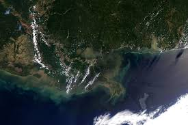 u s department of defense photo essay satellite image of the gulf of oil spill as of 4 2010