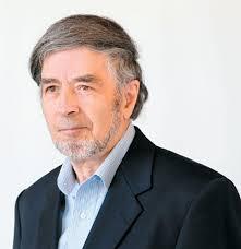 Pierre-André Julien : « La crise du capitalisme provient en particulier de l'énorme concentration du pou voir économique entre les mains de quelques-uns, ... - image