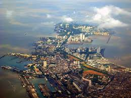 reasons why mumbai is the most loved city in the easy to geography of the city makes it easy to feel at home south mumbai