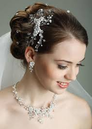 bridal make up services bridal hair is equally important as bridal makeup at la jolla salon and expert will help you out to glorify your beauty