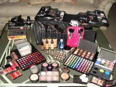 for more info how to get free makeup sles take a look at fremakeupsles4