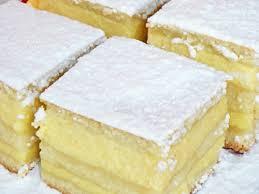 Imagini pentru Placinta cu iaurt reteteculinare.ro