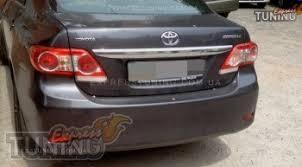 хром <b>накладка над номером</b> Toyota Corolla E150
