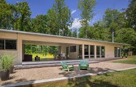 Divide and Conquer  Modern Dogtrot Houses   Architizer