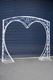 <b>Wedding arch Heart Heart</b> shaped <b>wedding arch</b> White metal