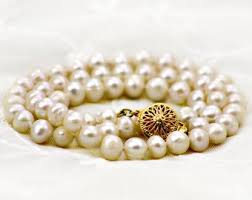 <b>Vintage pearls</b> | Etsy