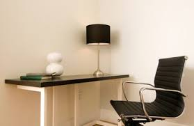 arrange your furniture to suit a variety of office sizes arrange office furniture