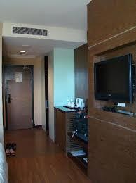 grand borneo hotel adequate storage space and room to walk around adequate storage space