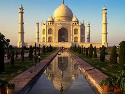 <b>Taj Mahal</b> UNESCO World Heritage Site