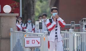 Beijing schools monitor students' <b>temperatures</b> with <b>bracelets</b> ...