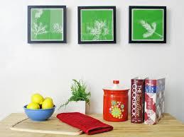Turn Leaves and Foliage Into <b>DIY Canvas</b> Wall Art | HGTV