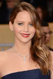 Jennifer Lawrence almost walked into the men's room while partying with Liam Hemsworth - jennifer-lawrence-167815_w1000