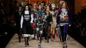 Dolce&Gabbana <b>Fall Winter 2018</b>/19 <b>Women's</b> Fashion Show ...