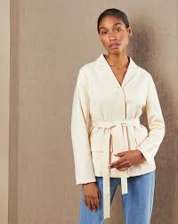Жакет с поясом в интернет-магазине — <b>12Storeez</b>