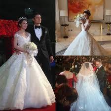 2015 <b>New Luxurious</b> Ball Gown Wedding Dresses <b>Cathedral Train</b> ...