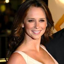 50 interesting facts about Jennifer Love Hewitt, How she came into showbiz, what movie roles she ...