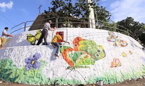 Resultado de imagen para fotos de los murales de santiago pintados por abel martinez