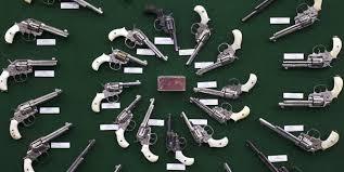 Image result for تحصن در کنگره آمریکا علیه حمل آزادانه سلاح